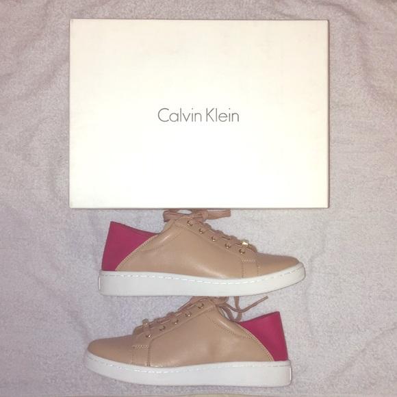 New Calvin Klein Tan Pink Danica Nappa
